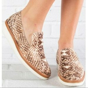 1ebd4e03c47 Free People Shoes - ✌NEW✨free people